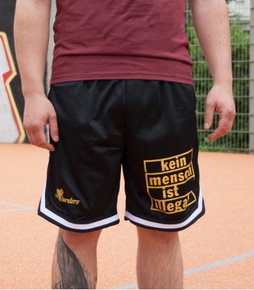 Basketball Shorts - Kein Mensch ist illegal